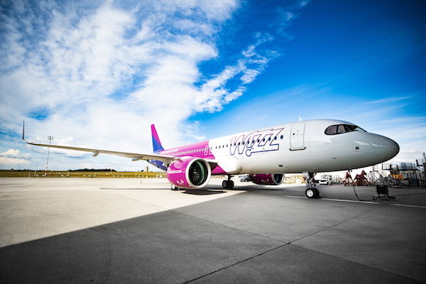 Wizz Air warns of only 'gradual' recovery into late summer