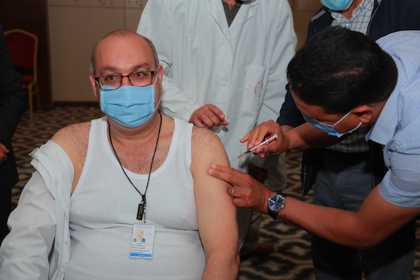 Tunisia begins vaccination drive for tourism staff