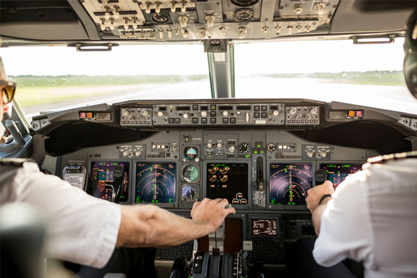 Airline pilots back 'vaccine passport' as way out of travel crisis