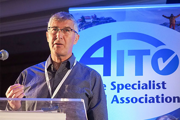 Aito chief attacks government advice against holiday booking
